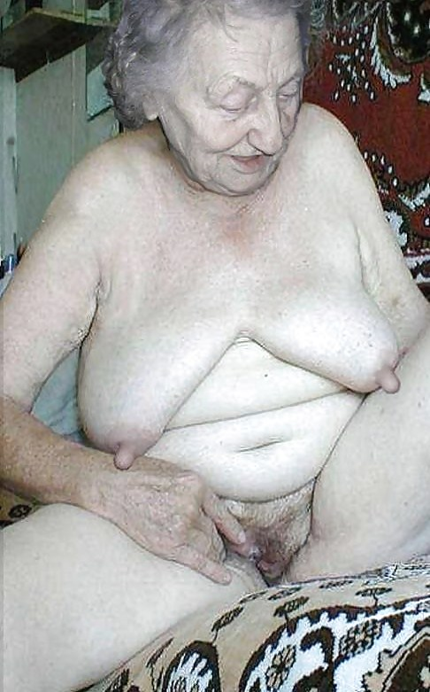 Hairy nude pic woman