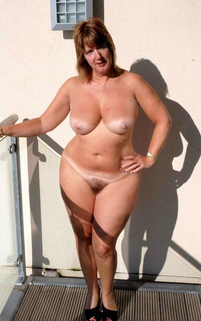 Extreme big titted large mature women